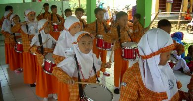 EKSKUL DRUM BAND